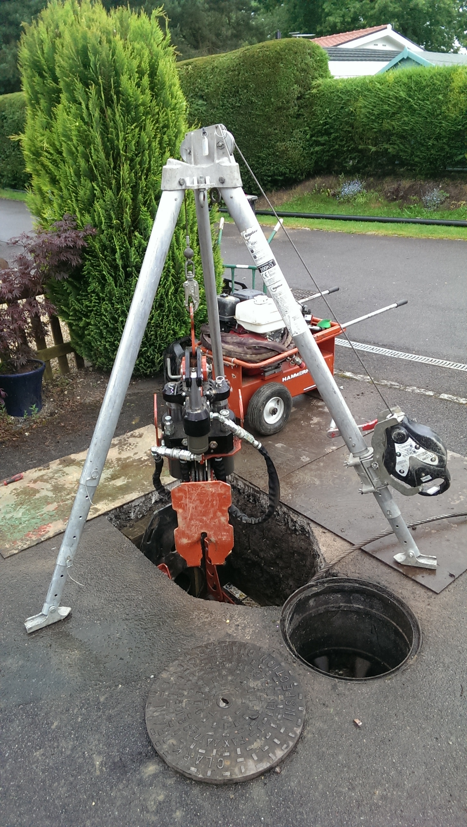 maintain a drain, trenchless pipe replacement, pipe replacement, Drainage, high wycombe, bucks, london, blocked drain